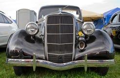 Clássico Ford Automobile 1935 Fotos de Stock Royalty Free