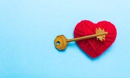 Clé au coeur et à l'amour Image stock