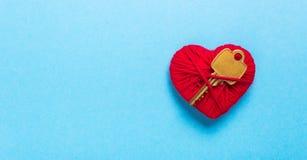 Clé au coeur et à l'amour Photographie stock