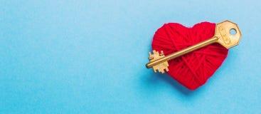 Clé au coeur et à l'amour Photo libre de droits