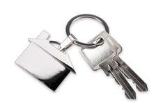 Clé-chaîne résidentielle et clés de maison Images stock