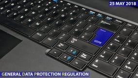 Clé de clavier bleue avec le texte GDPR comme symbole pour l'intimité et le Gener images stock