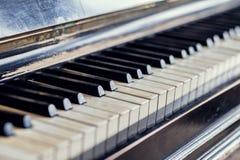 Clés antiques de piano Photo libre de droits