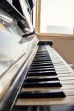 Clés antiques de piano Photographie stock libre de droits