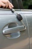 Clés de véhicule sur le réseau Photographie stock libre de droits