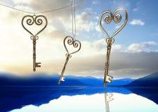 clés du coeur 3D flottant au-dessus du lac Images libres de droits