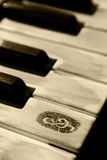 Clés grunges de piano Images libres de droits