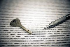 Clés sur le code binaire Photo libre de droits
