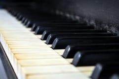 Clés usées de piano Photos libres de droits