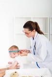 clínica pediátrica Imágenes de archivo libres de regalías