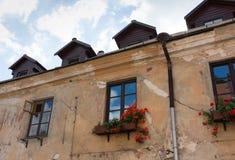 Claasic europeiskt hus med loften royaltyfri bild