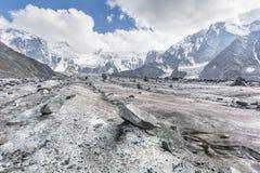 Clacier vicino alla montagna di Belukha, natura di Altai Fotografie Stock Libere da Diritti