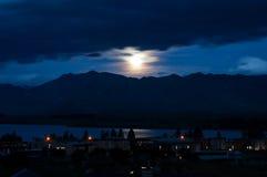 Clair de lune sur le lac Tekapo Images libres de droits
