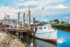 Clam Boat Shoal Harbor Fotografie Stock