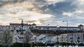 Clara-un-nova de Santa de monastère, Coimbra, Portugal Photo libre de droits