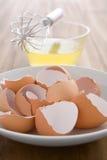 Claras de huevo sin procesar Imagen de archivo libre de regalías