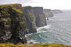 clare峭壁县日晴朗爱尔兰的moher 免版税库存图片