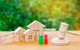 Clarification of ownership of the house / real estate. court and division of property. concept of law and lawyer, judiciary and le. Gislature, notaries and stock images