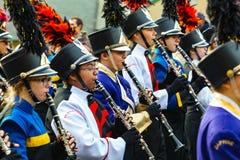 Clarinetes de la banda en el desfile de Philly Imagen de archivo