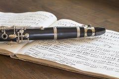 Clarinette et illustration musicale images libres de droits