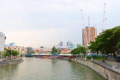 Clarke Quay è una banchina storica della riva del fiume a Singapore Immagini Stock Libere da Diritti
