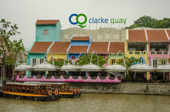 Clarke Quay på den Singapore floden Royaltyfria Foton