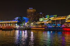 Clarke Quay Singapore bij Nacht Royalty-vrije Stock Afbeelding