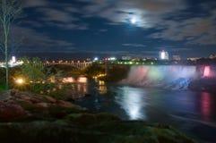 Claro de luna en el río de Niagara Imagen de archivo libre de regalías