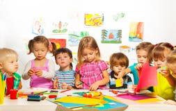 Clase creativa de los niños Imágenes de archivo libres de regalías