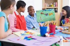 Clase de arte de la escuela primaria Fotografía de archivo