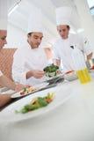 Clase de cocina con el cocinero Imagen de archivo libre de regalías