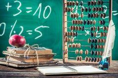 Clases de las matemáticas en escuela primaria fotografía de archivo libre de regalías
