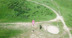 Clases del Paragliding Tiroteo de un abej?n, del aire paragliding almacen de video