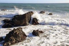 Clashing waves Royalty Free Stock Photo