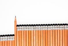 Clasificado en cuidadosamente un lápiz y un borrador en el extremo Imagen de archivo