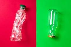 Clasifique los residuos dom?sticos para reciclar Reemplazo del empaquetado no-ecol?gico para el empaquetado respetuoso del medio  fotografía de archivo libre de regalías