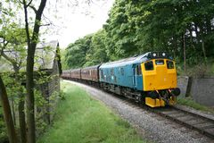 Class 25 25029 approaches Oakworth on the Keighley and Worth Val. Ley Railway, West Yorkshire, UK - June 2009 Stock Photos