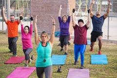 Classe adulta di esercizio di Boot Camp Immagini Stock