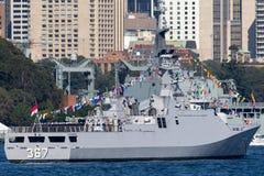 Classe corvette de SIGMA de KRI Iskandar Muda 367 appartenant ? la marine nationale indon?sienne d'arm?e en Sydney Harbor images stock