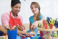 Classe d'art d'école primaire Photographie stock libre de droits