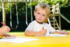 Classe de arte pré-escolar do desenho Foto de Stock