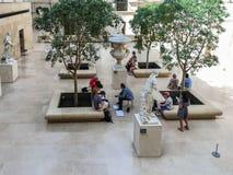 Classe de desenho no Louvre, Paris, vista de cima de Fotos de Stock