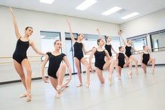 Classe di ballo di balletto fotografie stock