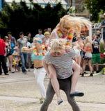 Classe pazza di zumba di ballo delle coppie Immagine Stock