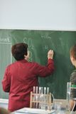 Classees επιστήμης και χημείας στο σχολείο στοκ φωτογραφία