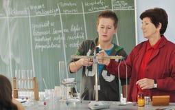 Classees de la ciencia y de la química en la escuela Imagen de archivo