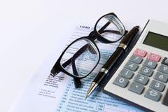 Classement d'impôts images stock