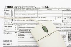 Classez vos déclarations d'impôt en ligne Image libre de droits