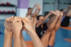 Classi di yoga Immagini Stock