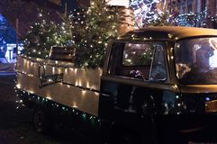Classic Brown Single-cab Truck With Christmas Tree Stock Photos